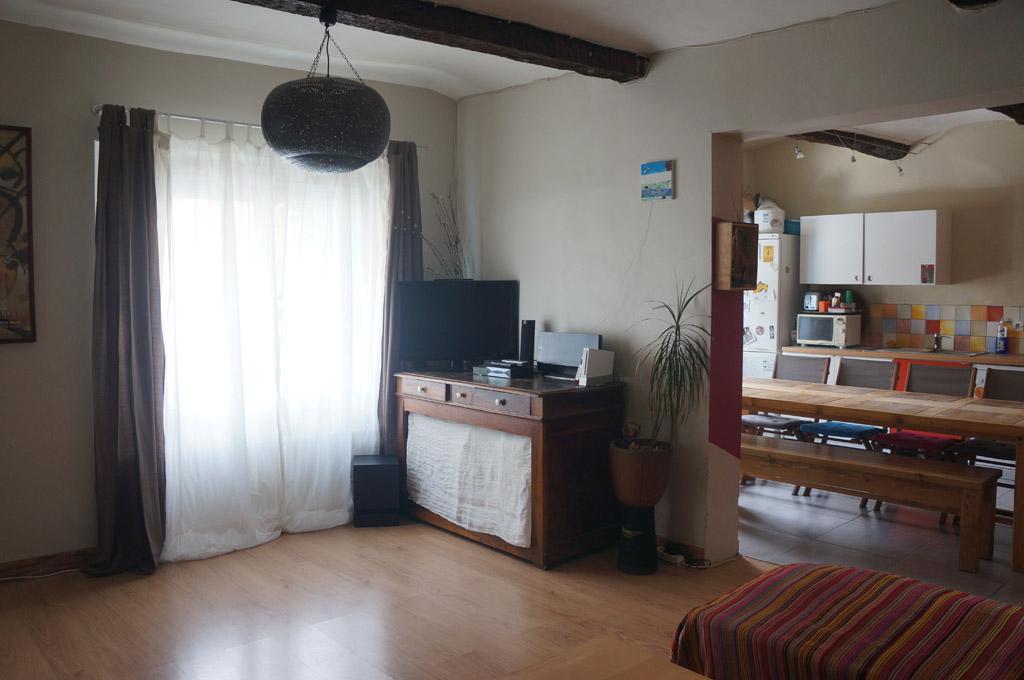 home staging maison avec terrasse montpelier. Black Bedroom Furniture Sets. Home Design Ideas